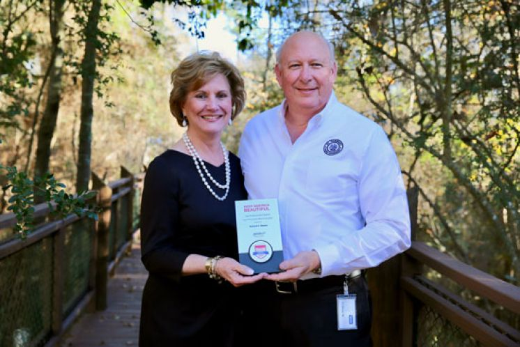 Rick Moore, St. Tammany Parish Litter Enforcement Officer earns National Award from Keep America Beautiful